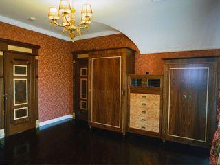 Мебельная мастерская Александра Воробьева BedroomWardrobes & closets