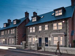 Shaftoe Cresent, Hexham MWE Architects Casas modernas