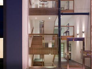 Princess Street, Corbridge. MWE Architects Corredores, halls e escadas modernos