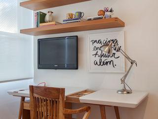 Studio ro+ca Classic style study/office