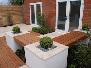 Extended living space - Manchester Hannah Collins Garden Design