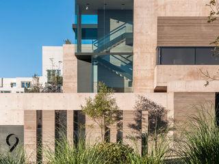 ML Residence Gantous Arquitectos Casas estilo moderno: ideas, arquitectura e imágenes