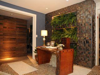 Folha Paisagismo Modern corridor, hallway & stairs