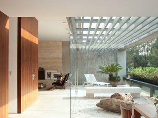 Polanco Penthouse Gantous Arquitectos Balcones y terrazas modernos