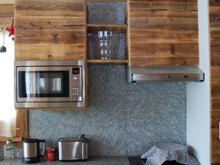 Luserna Stone Cocinas de estilo rústico