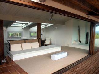 fuusta Modern balcony, veranda & terrace