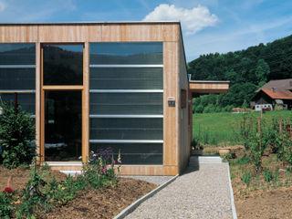 Solarhaus III in Ebnat-Kappel CH, 2000 Dietrich Schwarz Architekten AG Minimalistische Häuser