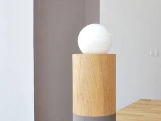 Studio OPEN DESIGN Sala de estarIluminação Madeira maciça