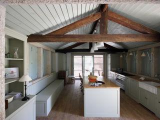 Branco Cavaleiro architects Rustieke keukens