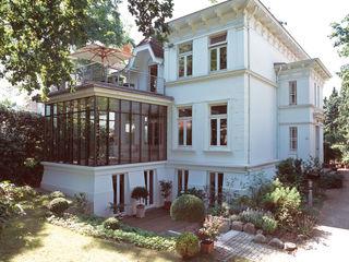 v. Bismarck Architekt Classic style houses