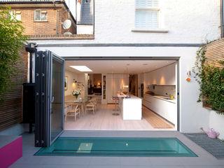 Battersea Basement & Full Refurbishment Gullaksen Architects Case in stile scandinavo