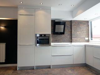 ERRASTI 現代廚房設計點子、靈感&圖片