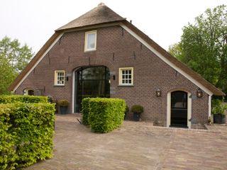 Frank Loor Architect Finestre & Porte in stile rurale