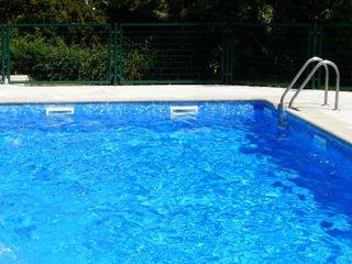 Piscina color Mármol RENOLIT ALKORPLAN3000 RENOLIT ALKORPLAN Piscinas de estilo minimalista