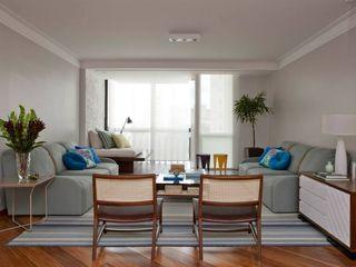 CARMELLO ARQUITETURA Living roomSofas & armchairs