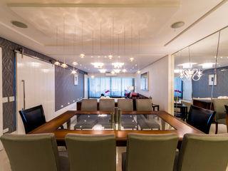 Apartamento na Mooca Enzo Sobocinski Arquitetura & Interiores Salas de jantar clássicas