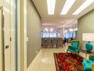 Apartamento na Mooca Enzo Sobocinski Arquitetura & Interiores Salas de estar clássicas