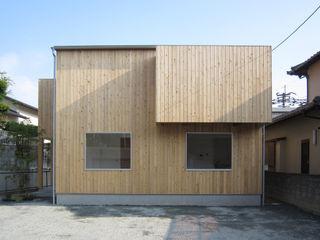 I-HOUSE 有限会社クリエデザイン/CRÉER DESIGN Ltd. ミニマルな 家