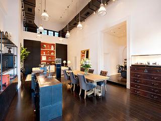 WORKTECHT CORPORATION Galerías y espacios comerciales de estilo moderno
