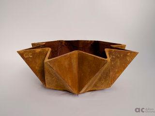 Kronen Bowl Adam Christopher Design JardínJarrones y macetas Concreto Naranja