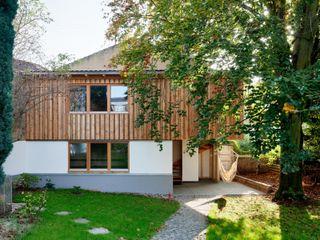 tillschweizer.co Rustic style garage/shed