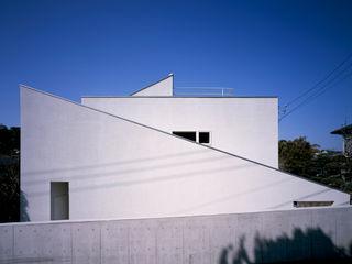 House in Yurigaoka 久保田章敬建築研究所 Modern Evler