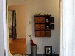 秦野_M邸 (株)ハウスオブポタリー オリジナルスタイルの 玄関&廊下&階段