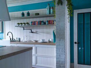 MARIANGEL COGHLAN Nhà bếp phong cách hiện đại