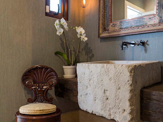 MARIANGEL COGHLAN Moderne Badezimmer