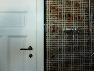 Haus eines Musikers waldorfplan architekten Klassische Badezimmer