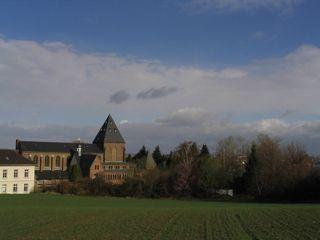 Priesterseminar im Kloster waldorfplan architekten Klassische Häuser