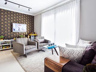 Lo. interiores Moderne Wohnzimmer
