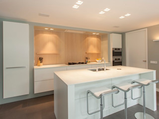 Thijs van de Wouw keuken- en interieurbouw Cozinhas modernas
