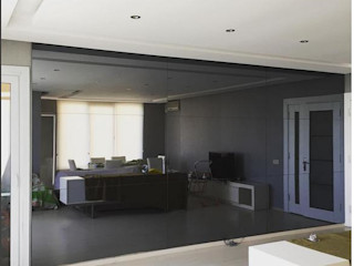 Aynapazari.com Modern walls & floors Glass