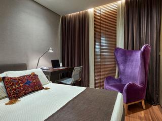 Beth Nejm Modern style bedroom