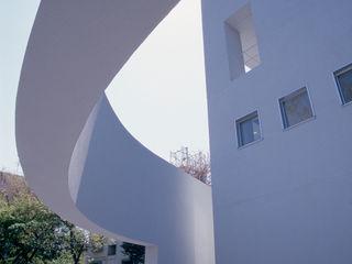 S Clinic + Residennce 久保田章敬建築研究所 Modern Klinikler