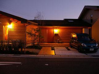 木の家株式会社 Eclectic style houses