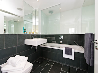 Essential Pack In:Style Direct Modern bathroom