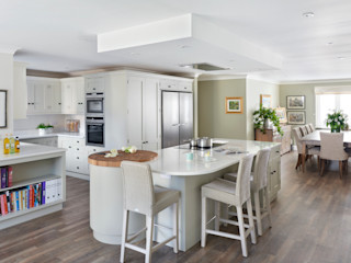 Unusual Kitchen Space Rencraft Classic style kitchen Wood Beige