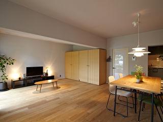 多摩センターの家/東京のリノベーション 山田伸彦建築設計事務所 モダンデザインの リビング