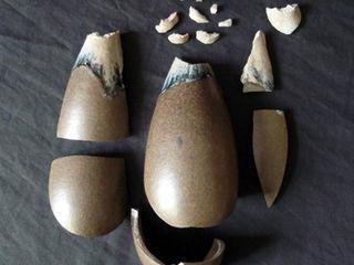 Restauration céramique / Vase en grès d'Auguste Delaherche Atelier Candice Carpentier