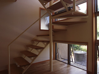 風建築工房 Classic corridor, hallway & stairs