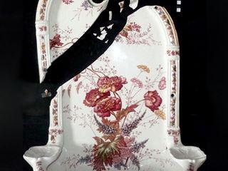 Restauration céramique / Fontaine murale en faïence fine Atelier Candice Carpentier