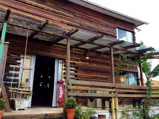 Ferraro Habitat Rustic style houses