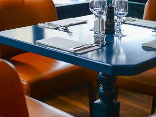 Café Gabrielle STUDIO EMMA ROUX Gastronomie moderne Bleu
