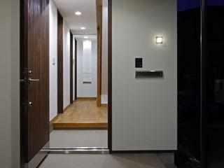 材木座の家 TAMAI ATELIER モダンな 窓&ドア