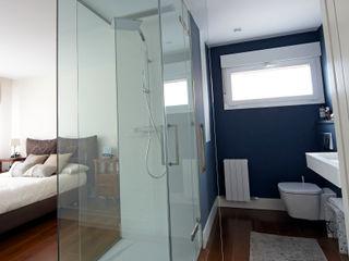 PRIBURGOS SLU Baños de estilo moderno