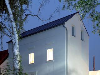 Corneille Uedingslohmann Architekten Rumah Modern