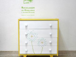 IronBug Lady 嬰兒/兒童房衣櫥與衣櫃