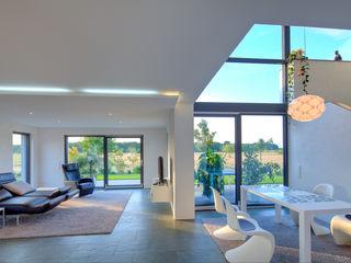 Haus M - Stutensee lc[a] la croix [architekten] Moderne Wohnzimmer
